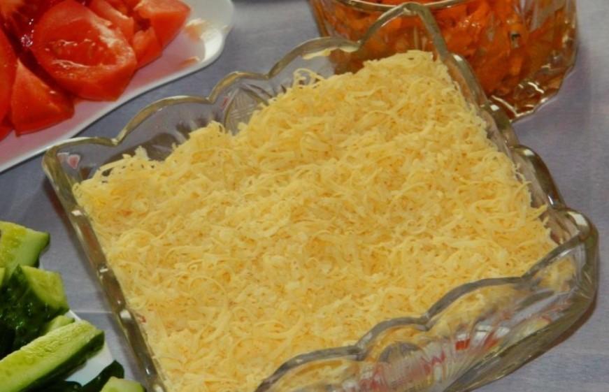 Салат Лосось под шубой к праздничному столу