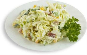 Салат с цветной капустой и ветчиной