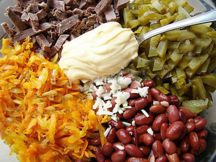 мясной салат рецепт с фасолью и