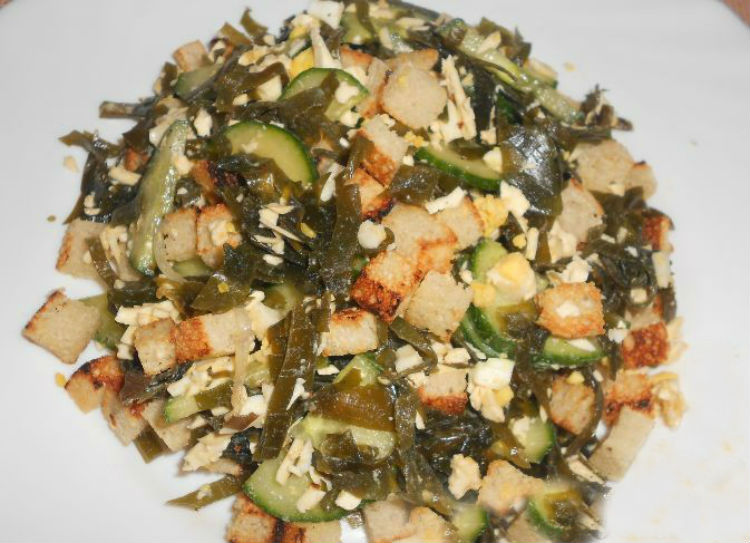 салат с морской капустой простой рецепт
