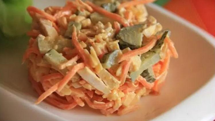 салат на скорую руку с корейской морковью