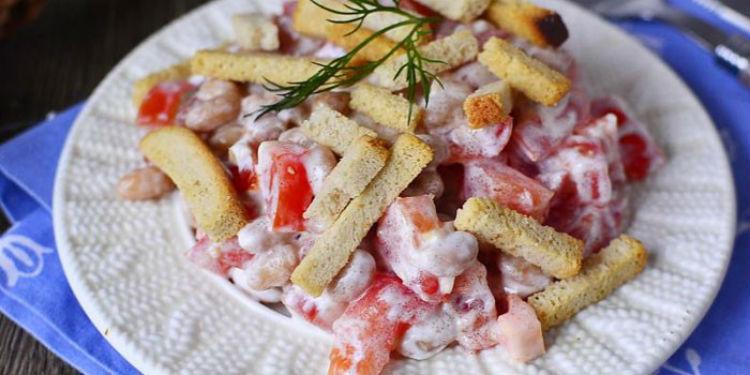 рецепты салатов из фасоли консервированной с колбасой